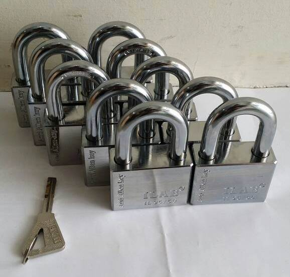 10pcs keyed alike padlock used at shop.